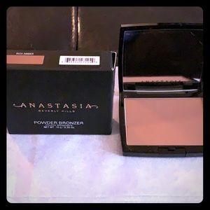 Anastasia bronzer New